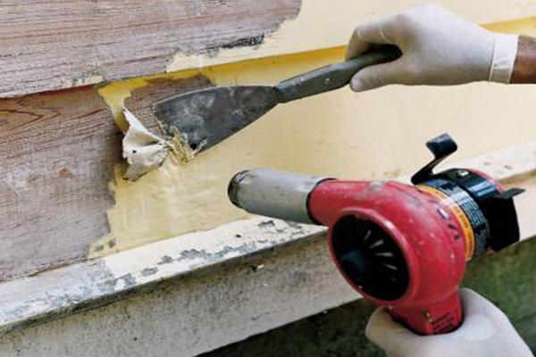 رنگ زدایی از چوب با سشوار صنعتی